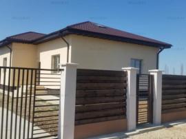 Casa 3 camere 108 mp, curte 510 mp, Săbăreni, 12 km de Buc