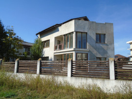 Casa cu teren Corbeanca Sat Petresti