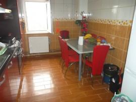 Apartament cu 4 camere decomandat in Deva, zona Brutariei
