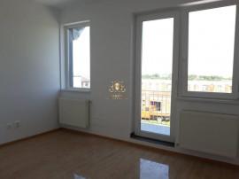 La cheie -casa 4 camere centru Miroslava la pret de apartame