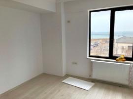 Apartament situat in zona FALEZA NORD, in bloc 2018