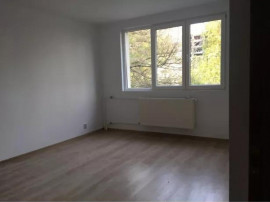 Apartament 3 camere decomandat Drumul Taberei - Brasov