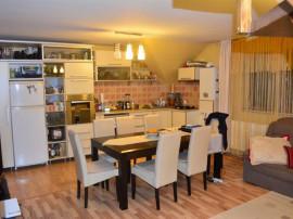 COMISION 0% Apartament 3camere cu scara interioara in vila M