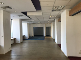 Spațiu comercial situat in zona DACIA – TOMIS III, STR...