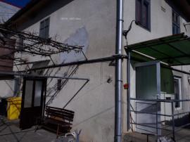Casa Sibiu zona P-ta Cluj pretabila 2 familii