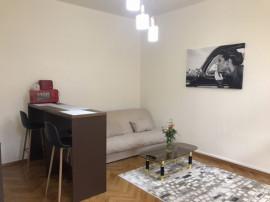 Inchiriez apartament 1 camera la casa in centru Brasovului