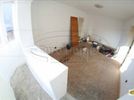 Apartament 4camere zona Racadau-pietonal