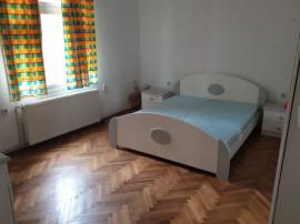 Apartament 2 camere Cotroceni parter inalt curte proprie 50m