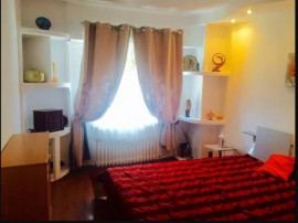 Apartament situat in zona TROCADERO,
