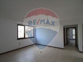 Apartament 3 camere bloc nou, zona Titulescu- Alexandru I...