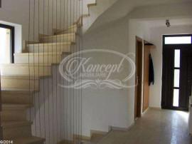 Casa de inchiriat in zona Grand Hotel Italia
