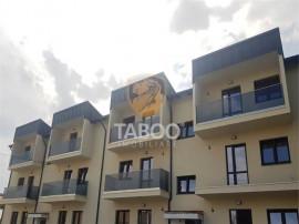 Apartament cu 3 camere bucatarie inchisa 2 balcoane zona Sel
