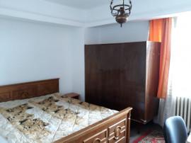 Apartament 3 camere de inchiriat - Bd. Independentei