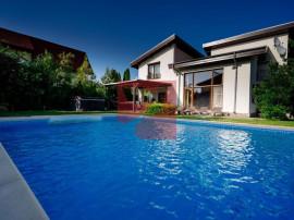 Vila de lux cu piscina exterioara, zona Corbeanca