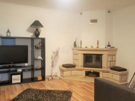 Apartament cu 2 camere la casa, zona strazii Aurel Vlaicu