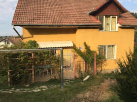 Casa cu 600 mp. teren