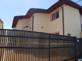 Vila singur curte ,tip duplex,zona Orsova,str int Mandriei 3