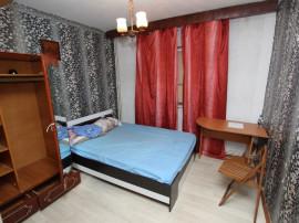 Semicentral, apartament cu 2 camere, decomandat, liber