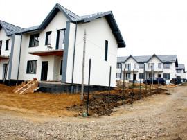 Casa tip duplex - 125 mp utili - Miroslava