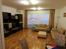 Apartament cu 3 camere de închiriat în zona Dristor