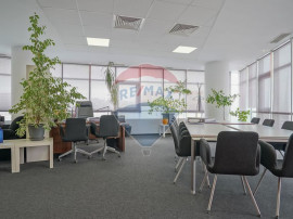 Spațiu de birouri, amenajare personalizata, priveliste u...