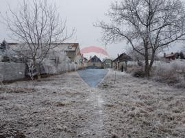 Teren Aradul Nou 806 mp cu casa demolabila, toate utilita...