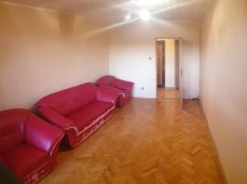 Apartament 3 camere Campina,la Piata Centrala,et 2/4,renovat