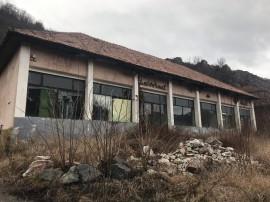 Spatiu comercial + teren in Buru - judetul Cluj, 2438 mp