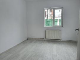 Bucurestii Noi, metrou Straulesti, casa 3 camere renovata