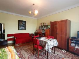 Apartament la casa si curte individuala, zona Clujana