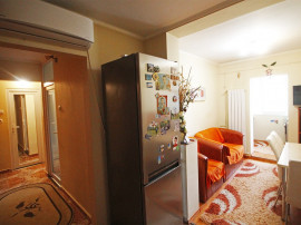 Apartament cu 3 camere - Decebal - Mobilat si utilat.