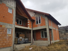 Casa Duplex Valeni