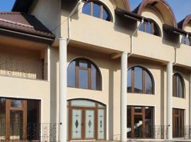 Vila noua in Breaza,central,D+P+2E,7 camere,teren 836 mp!