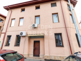 Dacia,Vasile Lascar, Parter de vila renovata, 160mp, camere