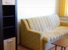 Inchiriez apartament cu 3 camere in Făgăraș, zona garii
