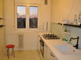 Apartament 3 camere, semidecomandat