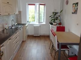 Apartament cu 3 camere decomandat in Deva, etaj 1, zona