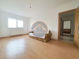 Apartament decomandat doua camere Calea Bucuresti