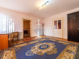 Casă / Vilă cu 5 camere de închiriat în zona Aradul Nou