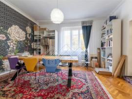 Casa tip duplex - zona Parcul Sub Arini - Strand