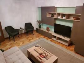 Apartament 3 camere zona Intim, etaj 1