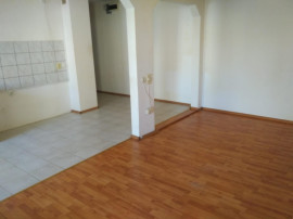 Apartament cu 3 camere Calea Bucuresti