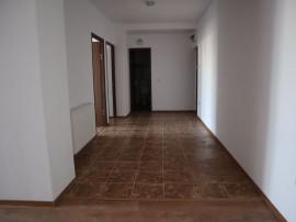 Apartament 3 camere - Zona Pic Bariera