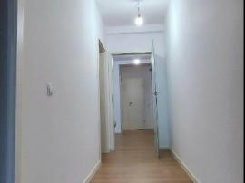Apartament 3 cam,parcare, 109 mp curte proprie, comision 0
