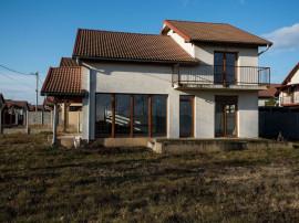 Vila Moravia, 3 dormitoare, 3 băi, teren 450 mp, la pre