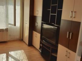 Garsonieră zona Judetean, mobilata, etajul 2, 33.000€