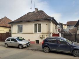 2 case în zona V. Milea str. Paltinu