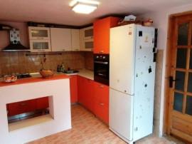 Casa Ghimbav, singur in curte, 88.500€