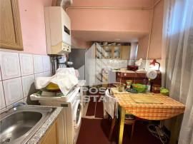 Apartament cu 3 camere in cladire istorica, zona Iosefin