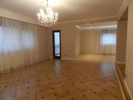 Dorobanti - Apartament 5 camere, 155mp (Living, Birou, 3 ...